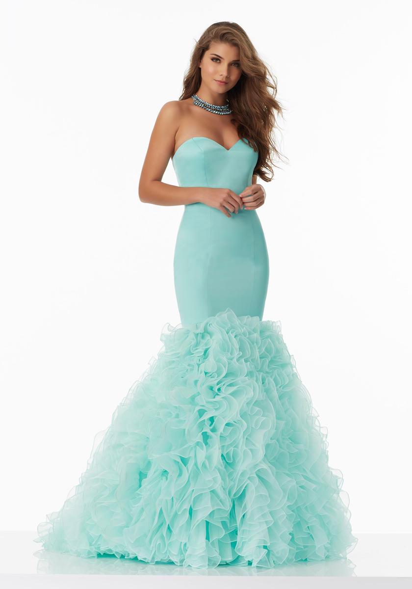 ba38b266bc1 Коктейльные и вечерние платья на свадьбу — каталог лучших моделей Подольска